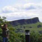 Aussicht auf den Holyrood Hill vom Calton Hill