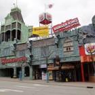 Ein Teil des grossen Unterhaltungskomplexes in Niagara Falls, Kanada