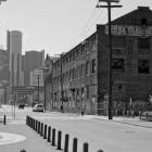 General Motors Hauptquatier (im Hintergrund)